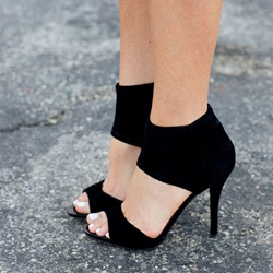 Shoespie Elegant Black Ankle Wrap Sandals