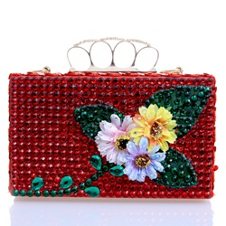 Shoespie Red Jewelled Flower Appliqued Banquet Clutch Bag