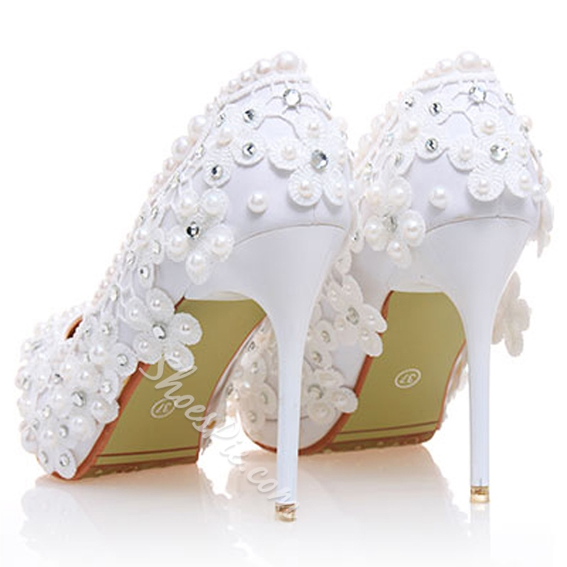 Shoespie White Floral Appliqued Bridal Shoes