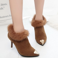Shoespie Elegant Metal Cap Toe Furry Trimmed Ankle Boots
