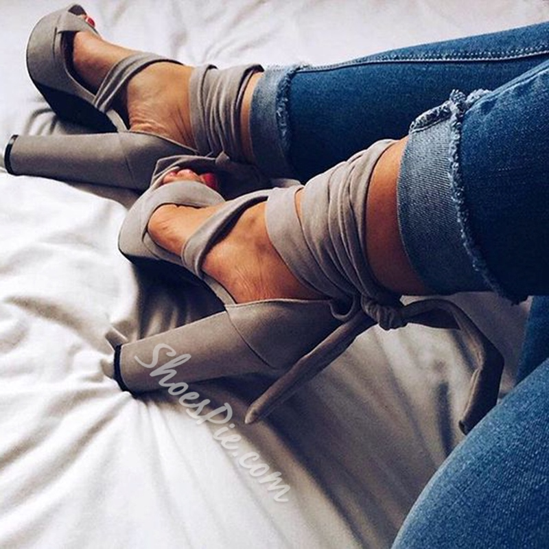Shoespie Gray Lace Up Chuncky Heel Sandals