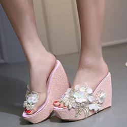 Shoespie Appliques Wedge Slippers