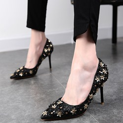 Shoespie Gorgeous Glossy Floral Appliqued Stiletto Heels