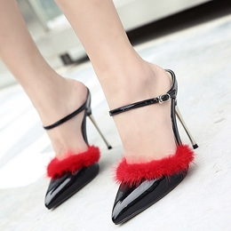 Shoespie Chic Fur Trimmed Ankle Buckle Backless Stiletto Heels