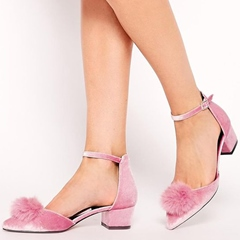 Shoespie Cute Pink Pompom Accented Block Low Heels