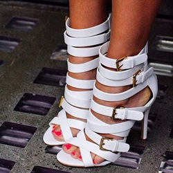 Shoespie White Strappy Buckles Sandals