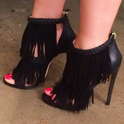 Shoespie Black Tassels and Braids Sandals