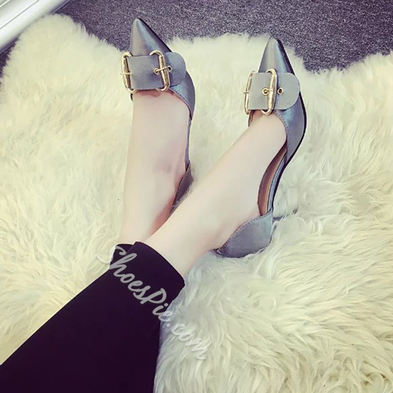 Shoespie Trendy Giant Buckle Kitten D'orsay Pumps