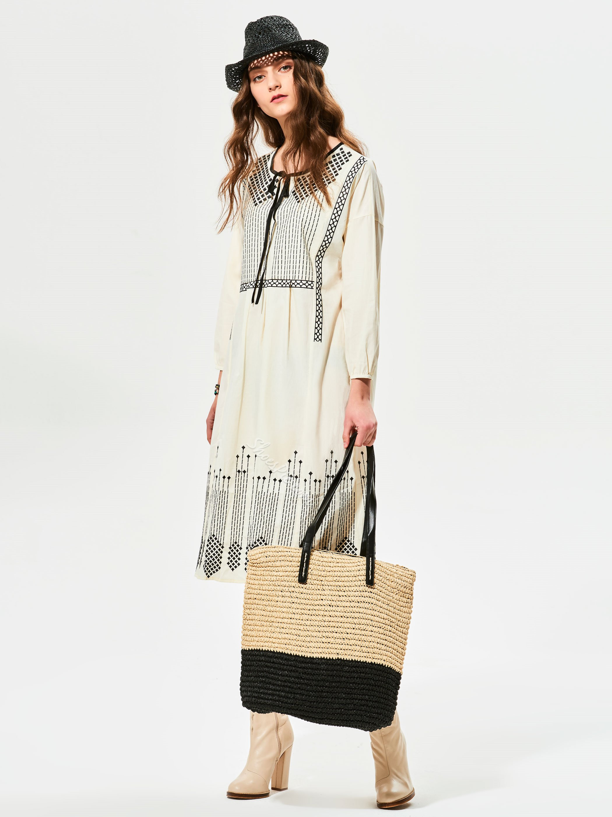 Round Neck Lantern Sleeves Day Dress