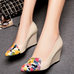 Shoespie Beige Print Cap Toe Wedge Heels