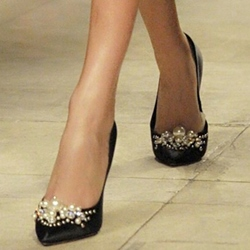 Shoespie Elegant Satin Beaded Mid-heel Pumps