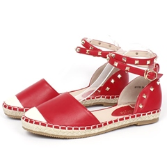 Shoespie Red Rivets Flat Sandals