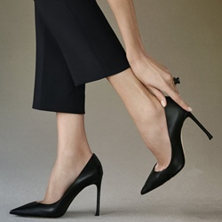 Shoespie Classy Dull Black Business Stiletto Heels
