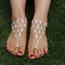 Shoespie Rinestone Thong Anklet
