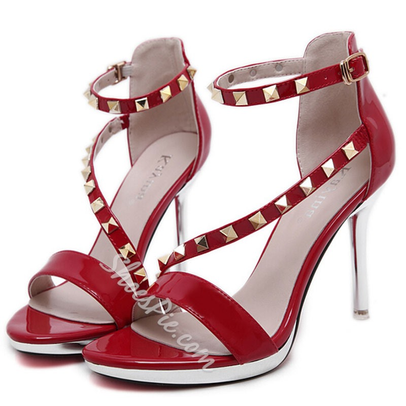 Shoespie Patent Leather Rivets Sandals
