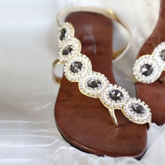 Shoespie Jeweled Flat Sandals
