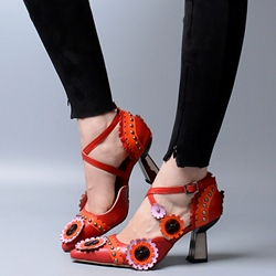 Shoespie Design Floral Appliqued Mid Heel Spring Pumps