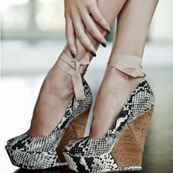 Shoespie Good-Looking Snake Skin Wedge Heels