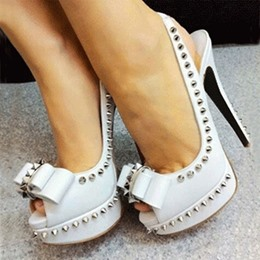 Elegant White Bowknot Dress Sandals with Rivets