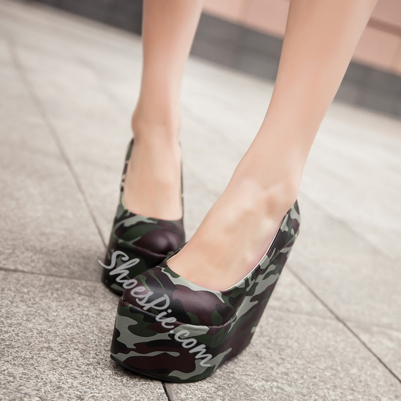 Shoespie Cute Camo Print Wedge Heel Pumps
