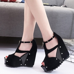 Shoespie Chic Strap Cage Wedge Heels
