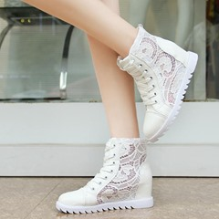 Shoespie White Laces Sneakers