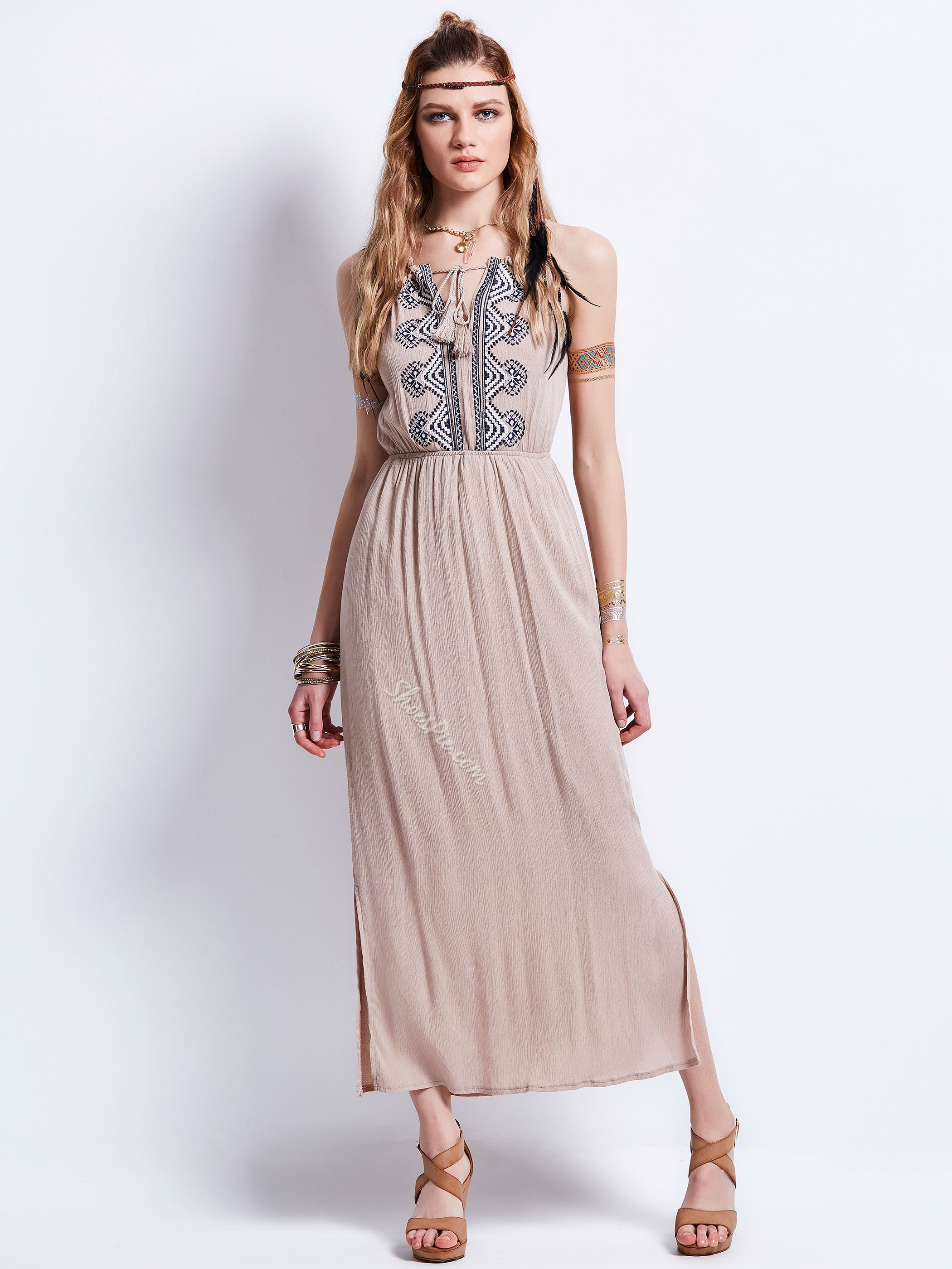 V-Neck Geometric Pattern Embroidery Day Dress