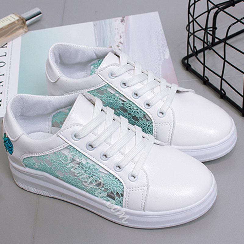 Shoespie Hollow Lace and Flora Embroidery Sneakers