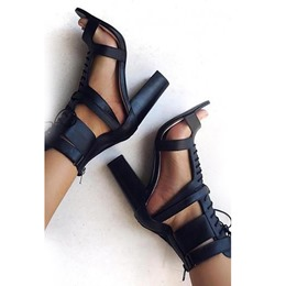 Shoespie Black Cross Strap Chunky Heel Sandals