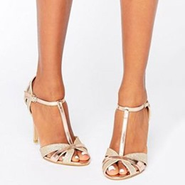 Shoespie Golden T-Shaped Buckle Stiletto Heel Sandals