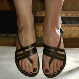 Shoespie Thong Strappy Flat Roman Sandals