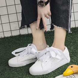 Shoespie Elegant Solid Color Ribbon Lace Up Sneakers