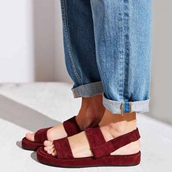 Shoespie Burgundy Strappy Open Toe Platform Flat Sandals
