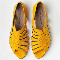 Shoespie Primrose Yellow Hollow Peep Toe Flat Sandals