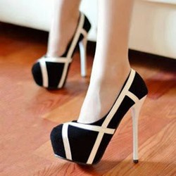Shoespie Block And White Round Toe Platform Heels