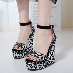 Shoespie Leopard Wedge Heel Sandals