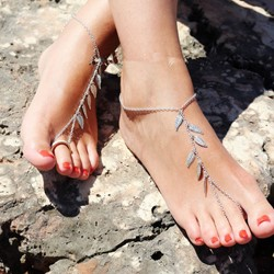 Shoespie Leaf-Shaped Tassel Anklet for Women