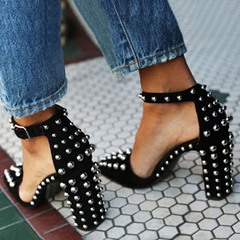 Shoespie Black Round Rivet Chunky Heel Pointed Toe Stiletto Heels