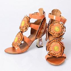 Shoespie Retro Floral Appliqued Caged Dress Sandals
