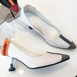Shoespie Sexy Cutout Pointed-toe Low Heels