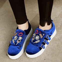 Shoespie Stylish Rhinestone Appliqued Sneakers