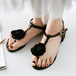 Shoespie Black Embellished Thogn Flat Sandals