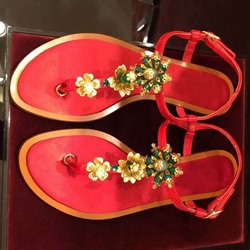 Shoespie Delicate Embellished T Strap Flat Sandals