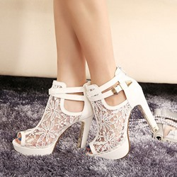 Shoespie Thick Double Metal Buckles Peep-toe Heels