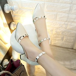 Shoespie Rivets Pointed-toe Metal Buckles Stiletto Heels
