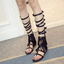 Shoespie Knee High Strappy Gladiator Sandals with Fringes