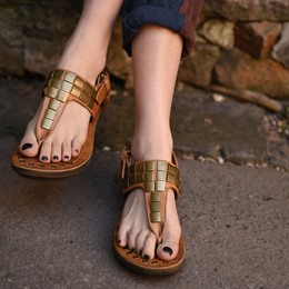Shoespie Metal Decorated Gladiator Sandals