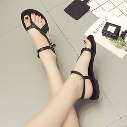 Shoespie Strappy Buckle Thong Flat Sandal