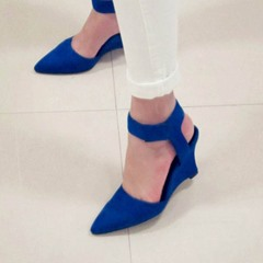 Shoespie Pointed-toe Velcro Wedge Heels