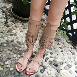 Shoespie Tassel Hasp High Shaft Flat Sandals
